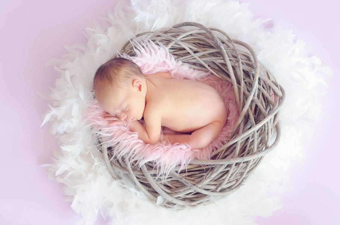 Сколько на самом деле должен спать новорожденный