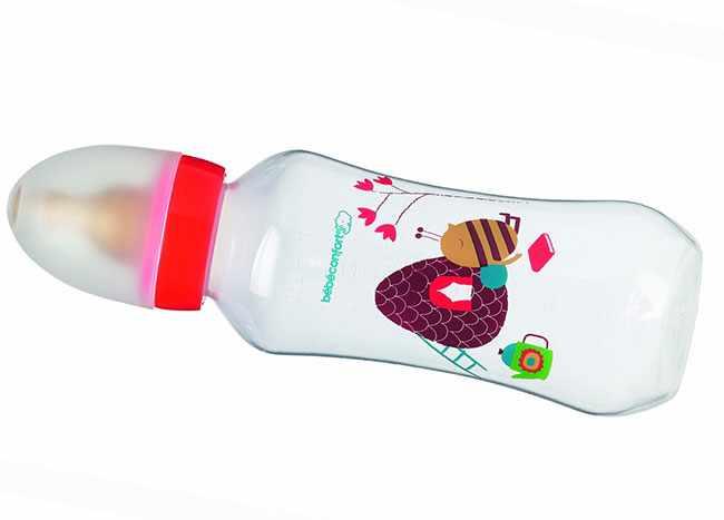 Пластиковая бутылочка для кормления