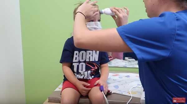 Осмотр перед прививкой на грипп