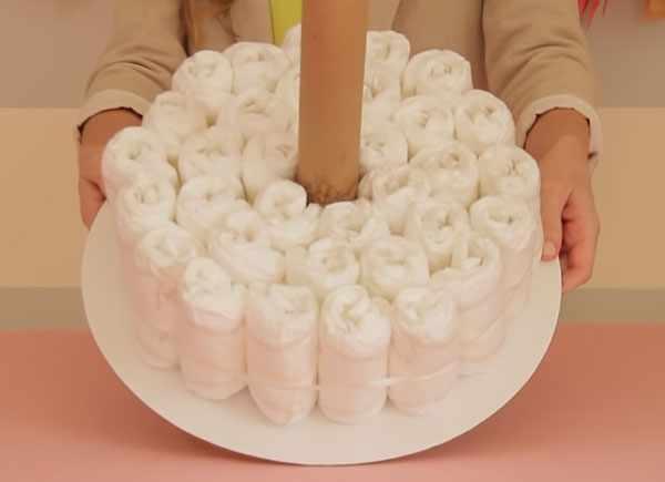 Готовый первый слой торта