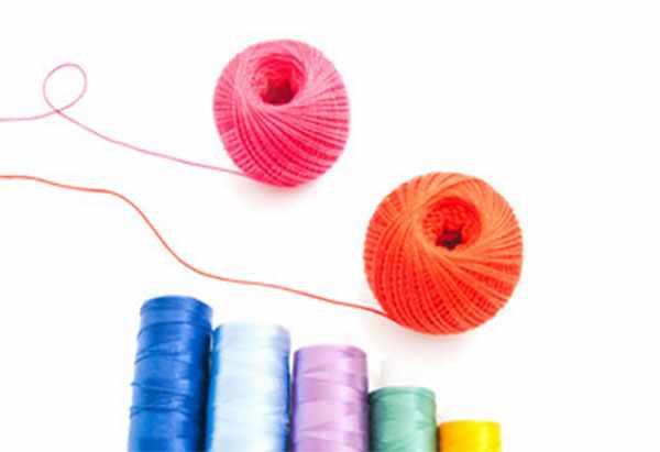 Пряжа и цветные нитки