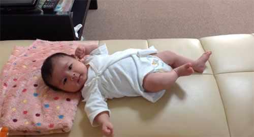Месячный ребенок. Фото1