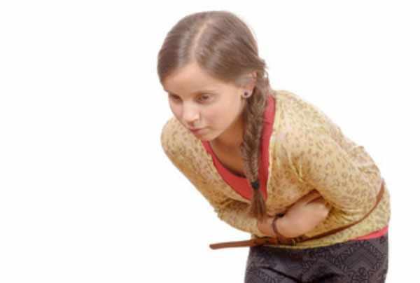 Девочку скрутило от болей в животе