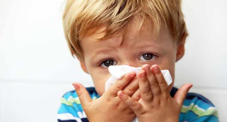 Ребенок больной простудой
