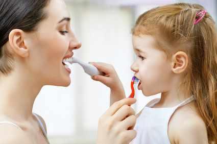 Правильная чистка зубов детям