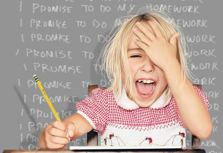 Ребенок учит английский язык