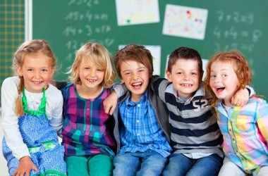 Как деликатно расспросить ребенка о школе