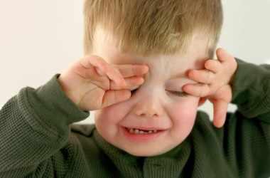 Стоит ли благодарить ребенка за его истерики?