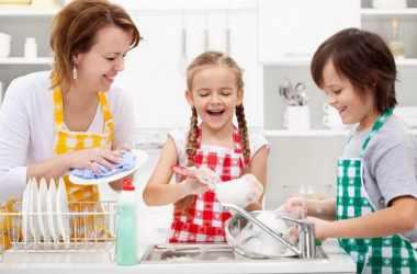 Как приучить детей выполнять обязанности дома