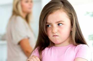 Как исправить вызывающее поведение ребенка
