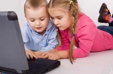 Сколько времени дети могут сидеть за компьютером