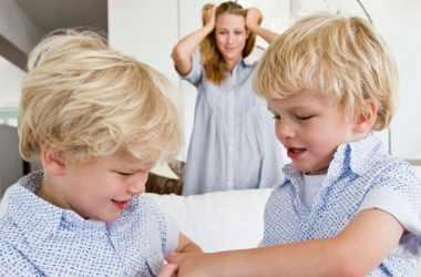 Как справиться с соперничеством между детьми
