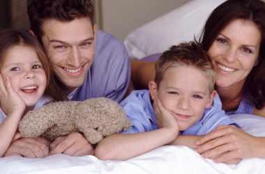 Как сохранять физическую и эмоциональную связь с детьми