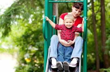 Как избежать гиперопеки в воспитании детей