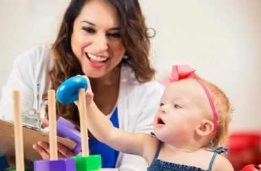 Дети учатся настойчивости у взрослых