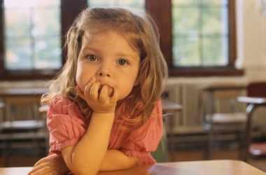 Ребенок жалуется, что ему скучно: советы родителям