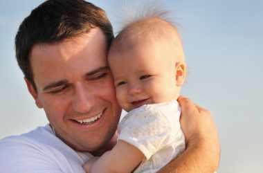 Молодые отцы в декрете: мнение экспертов