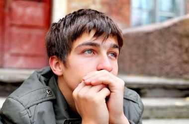 Как относиться к подростковым поискам себя