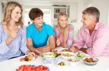 Влияние семейных ужинов на подростков
