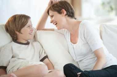 Как установить эмоциональную связь с подростком