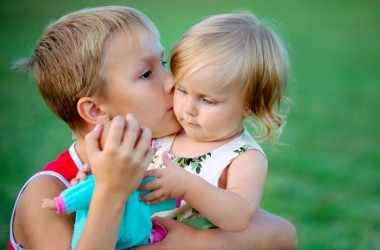 Как воспитать заботливого и чуткого ребенка