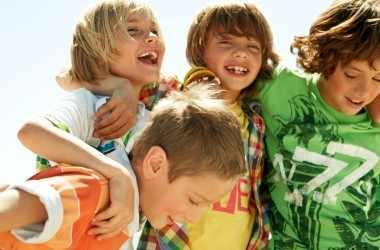 Как привить детям социальные навыки