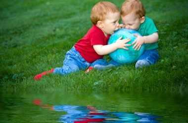 Должен ли ребенок делиться своими вещами